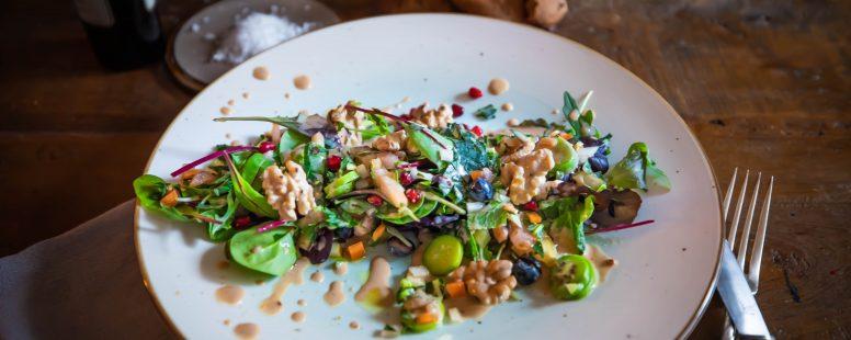 Schneller Salat Asien trifft Kohlrabi